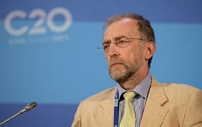 A Nobel Prize winner will give a presentation on energy conservation in the Arctic at the Forum